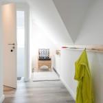 Flur-mit-Blick-ins-Treppenhaus